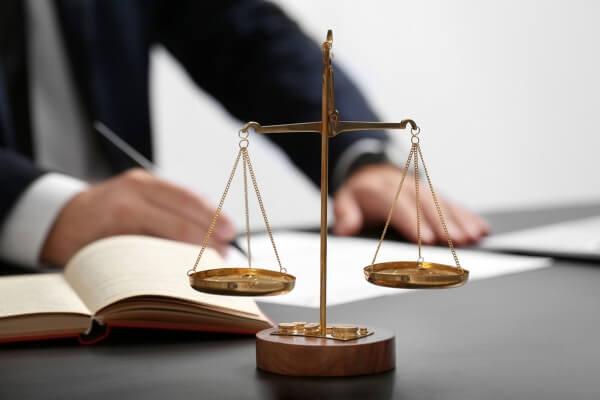 Legislação: Nós podemos lhe ajudar a descomplicá-la!